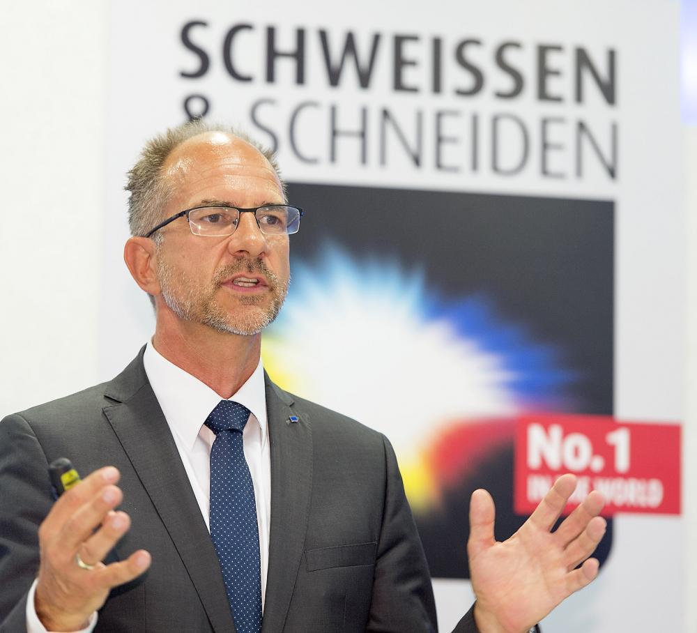 Dr. Cornelius Schinzel